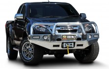 DMax Winch Compatible Bullbar with Lights